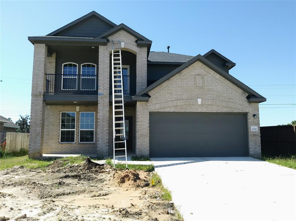 20147 Bushwick Falls Drive, Montgomery, TX 77316