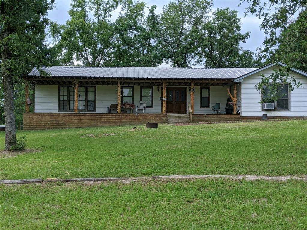 9036 Lou Bee Lane, Madisonville, TX 77864