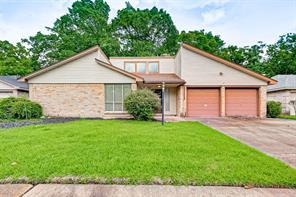 323 Peacedale Court, Houston, TX 77015