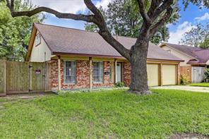 1801 Aspen Lane, Seabrook, TX 77586