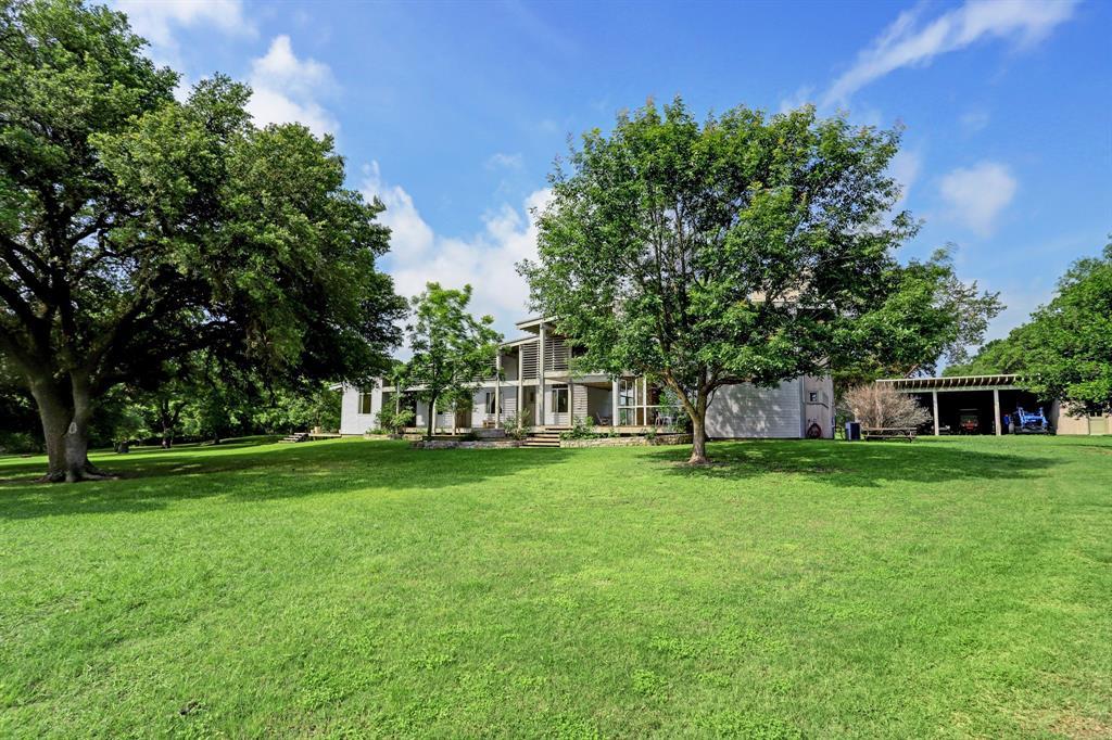 5205 Mertz Road, Fayetteville, TX 78940