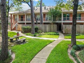 837 Wax Myrtle Lane, Houston, TX 77079