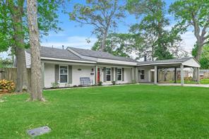 10151 Brinwood Drive, Houston, TX 77043