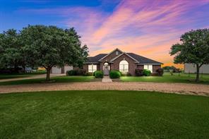 588 County Road 214, East Bernard, TX 77435