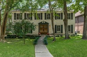 1 Spicebush Court, The Woodlands, TX 77381