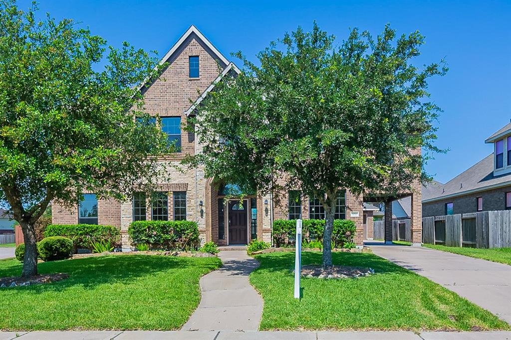 3010 Southern Brook Court, Pearland, TX 77584