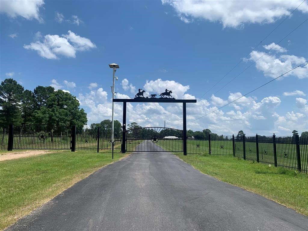 500 Industrial Drive, Shepherd, TX 77371