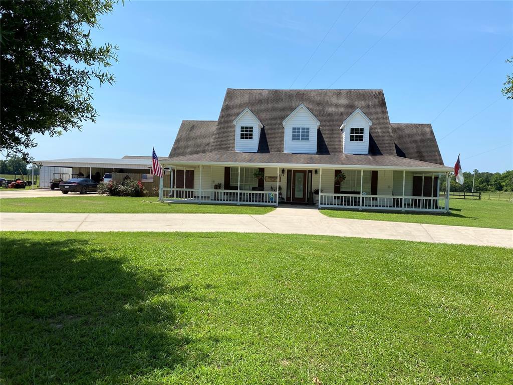 414 County Road 4430, Spurger, TX 77660