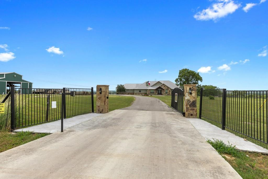 9761 Fm 1101, Seguin, Texas 78155, 2 Bedrooms Bedrooms, 9 Rooms Rooms,2 BathroomsBathrooms,Single-family,For Sale,Fm 1101,20703320