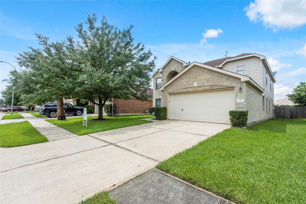 507 Remington Heights Drive, Houston, TX 77073