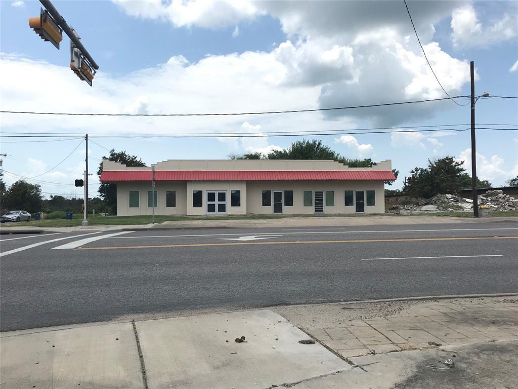 808 S Alamo Street, Refugio, TX 78377