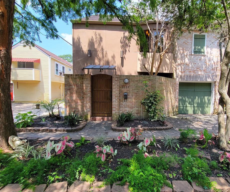 2551 Windsor St, Houston, Texas 77006, 2 Bedrooms Bedrooms, 7 Rooms Rooms,2 BathroomsBathrooms,Rental,For Rent,Windsor St,3163445