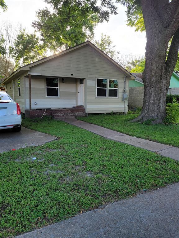 325 S Bell Drive, Texas City, TX 77591
