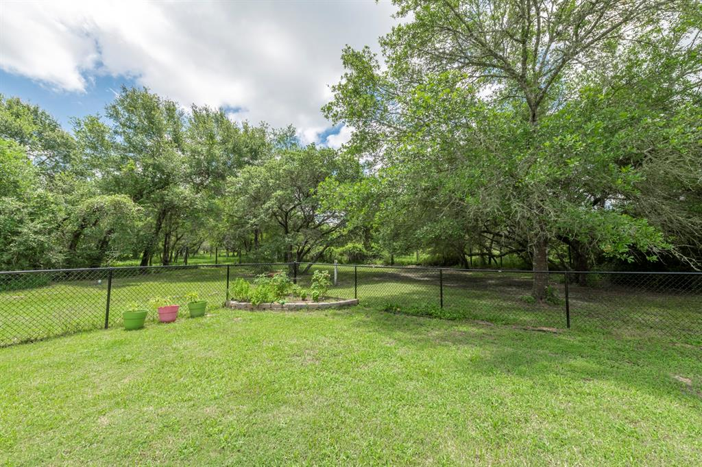 1096 County Road 152, Columbus, Texas 78934, 5 Bedrooms Bedrooms, 8 Rooms Rooms,3 BathroomsBathrooms,Country Homes/acreage,For Sale,County Road 152,90763978
