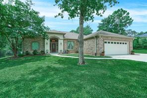 227 Ridge Lake Drive, Montgomery, TX 77316