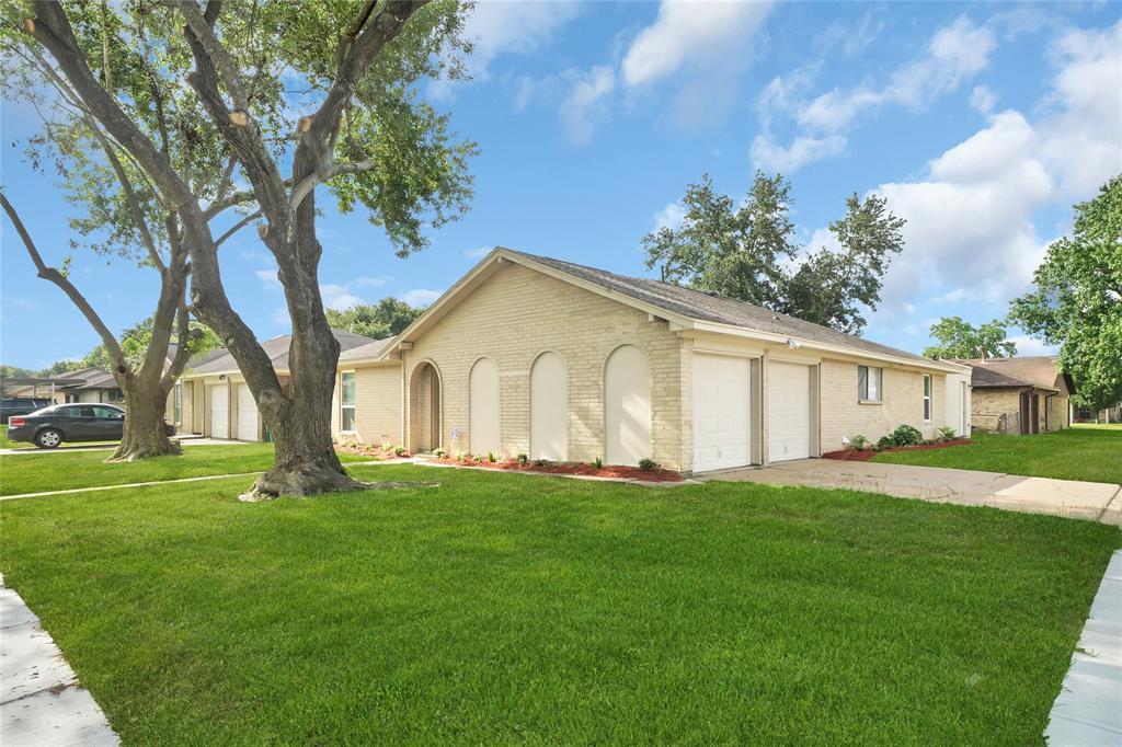 1502 Chippawa Lane, Pasadena, TX 77504