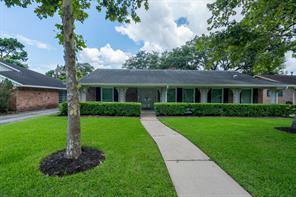 9214 Riddlewood Lane, Houston, TX 77025