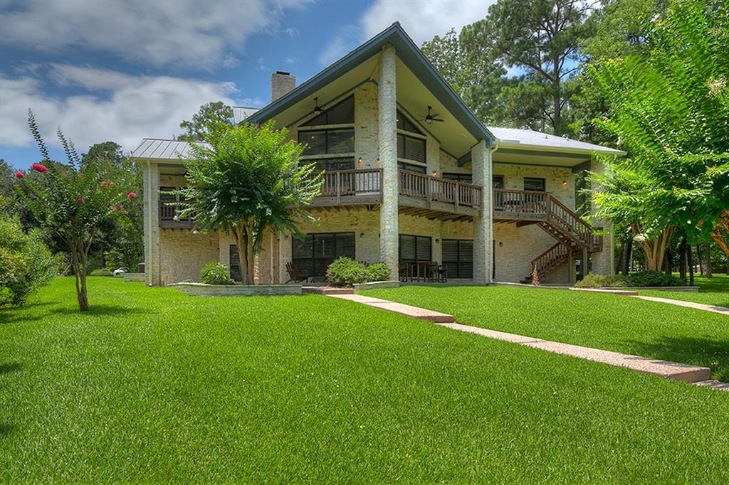 510 Lake Grove Drive, Coldspring, TX 77331