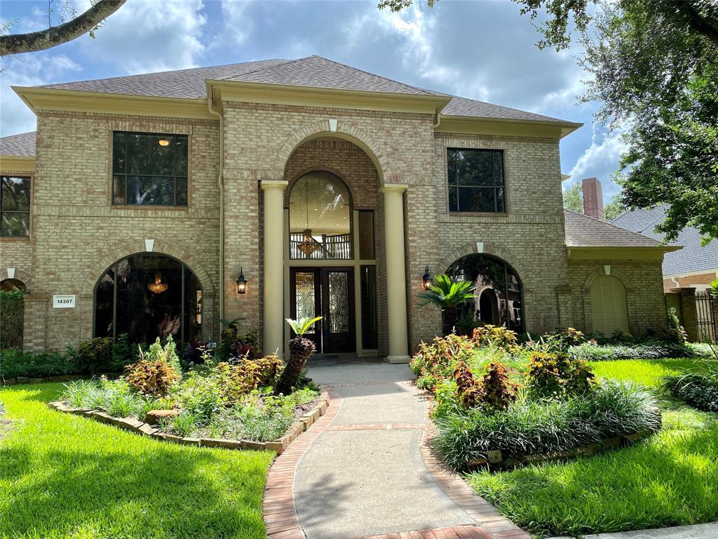 14307 Golf View Trail, Houston, TX 77059
