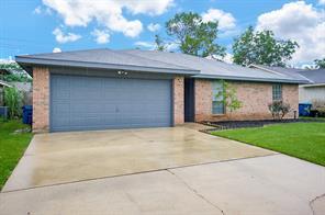 2113 Greenwood Drive, Rosenberg, TX 77471