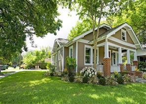 1104 E 16th Street, Houston, TX 77009