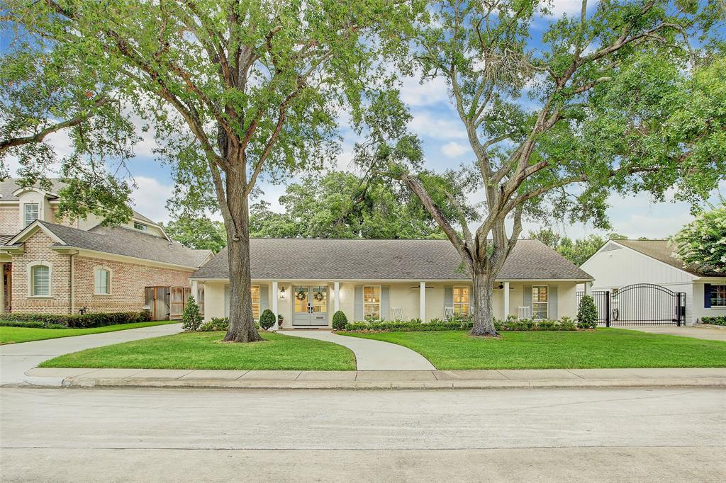 6134 Briar Rose Drive, Houston, TX 77057