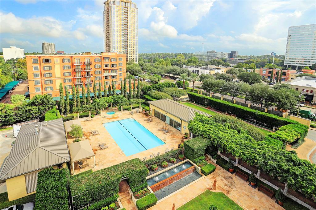 1100 Uptown Park 74, Houston, TX 77056