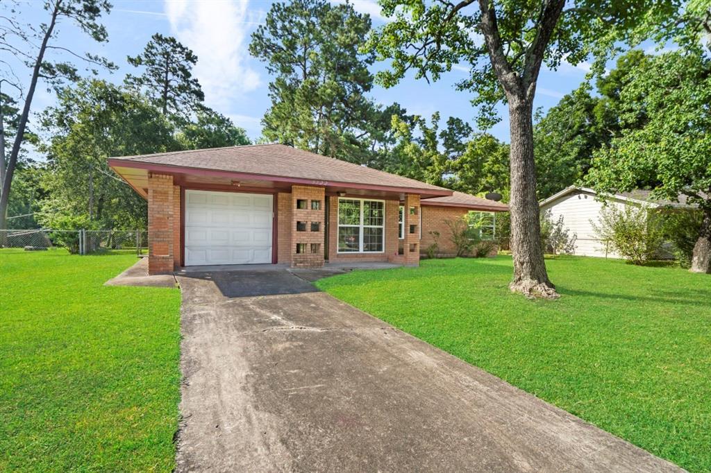 9522 Crestview Drive, Houston, TX 77078