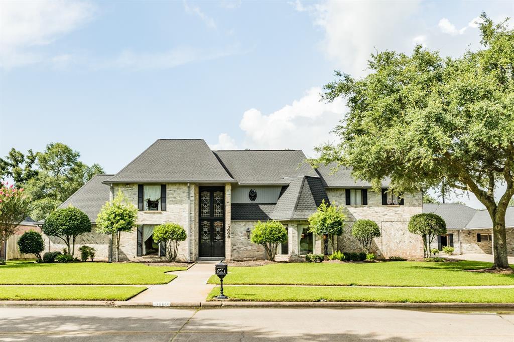 3009 Green Tee Drive, Pearland, TX 77581