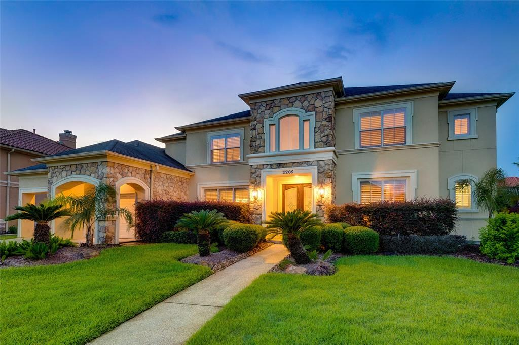 2202 Bywater Drive, Houston, TX 77077