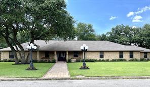 163 Holly Lane, Van Vleck TX 77482