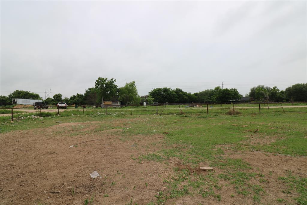 1891 N Hovas Lane, Brookshire, TX 77423