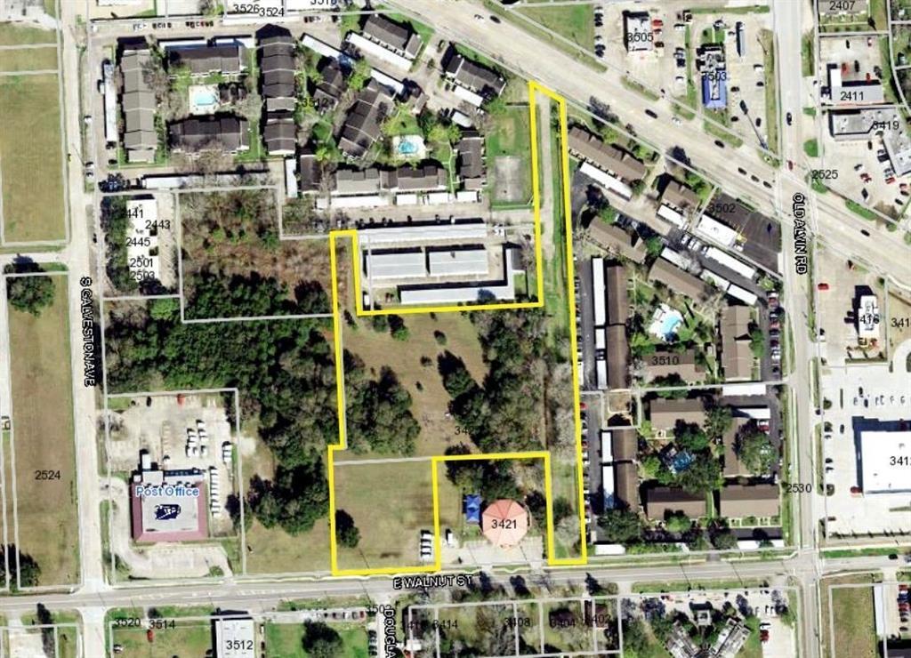 3425 E Walnut Road, Pearland, TX 77581