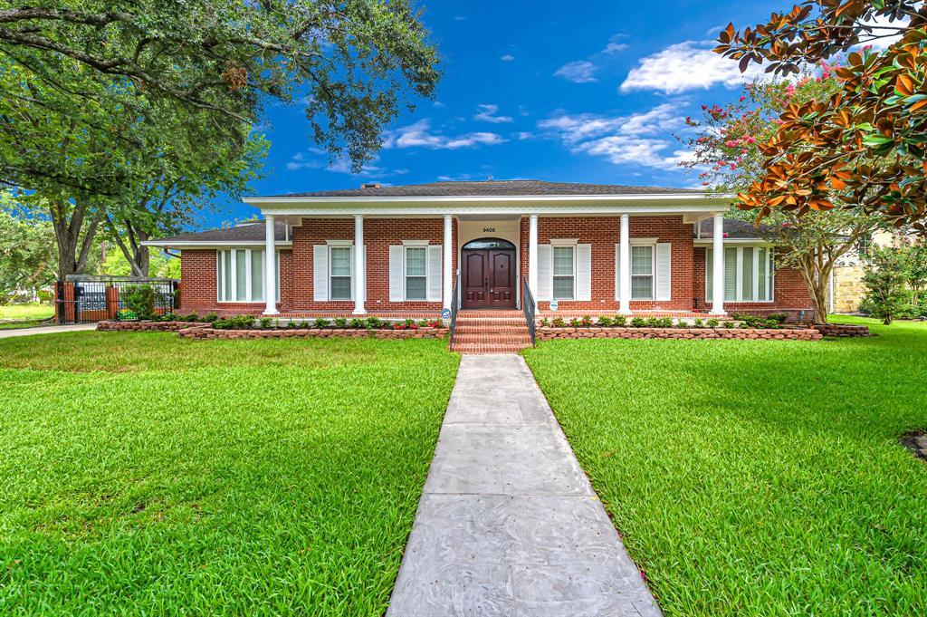 9406 Cranleigh Court, Houston, TX 77096