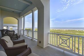 1745 Seaside Drive, Galveston, TX 77550