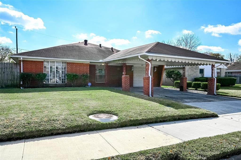8726 Cowart Street, Houston, TX 77029