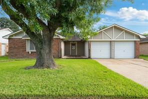 9814 Stonemont Road, La Porte, TX 77571