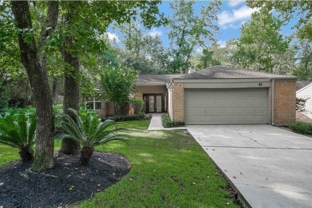 Fantastic location in the front of The Woodlands. Close to village shopping centers, Cynthia Woods, The Waterway, Market Street, Hughes Landing, The Woodlands Mall, Parks, Ponds and nestled in amongst many miles of tree'd bike and running trails.  Zoned to highly sought after Woodlands schools, miles and super close to the I45. Beautifully renovated one story 3B2B, fresh paint, gorgeous travertine floors in the main living area, laminate floors in bedrooms and hallway, vaulted ceilings, fireplace, modern kitchen, even pre-wired for surround sound.  Washer Dryer Fridge included.  Never flooded!  New AC , new windows ( very effecient).  Epoxy floors in garage.  Fenced back yard and deck ( over 400 sq ft)-awesome space for relaxing with friends and barbecuing. Super clean ready for wonderful tenants.    Call for a private showing!
