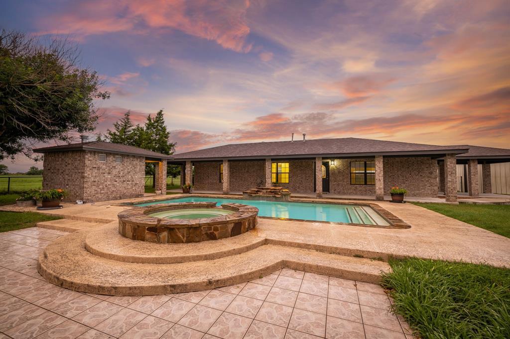 677 Willmann Road, Seguin, TX 78155
