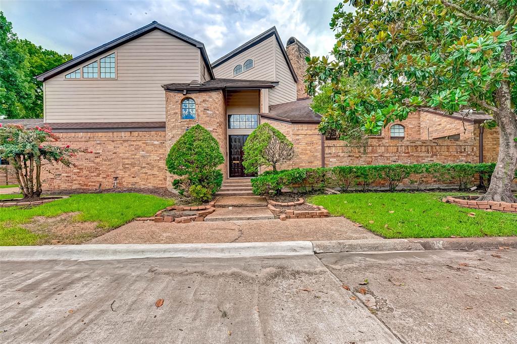 9319 Bonhomme Road, Houston, TX 77074