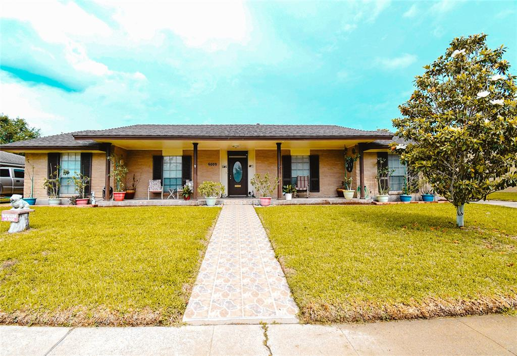 6009 Pinehurst Drive, Corpus Christi, TX 78413