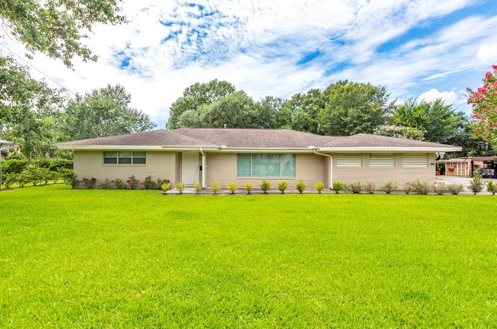 180 E Caldwood Drive, Beaumont, TX 77707