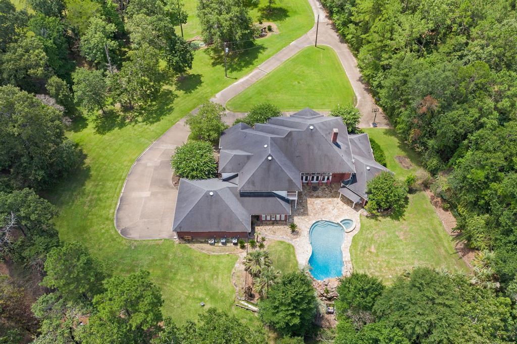 596 Caspers Cove Road, Lufkin, TX 75904
