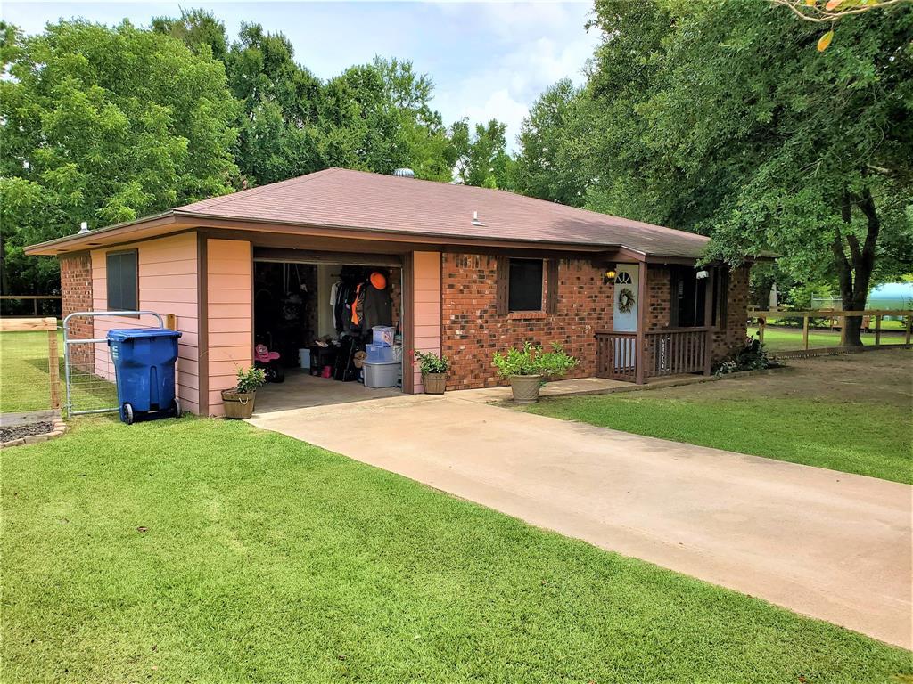 191 Sleepy Hollow Drive, Goodrich, TX 77335