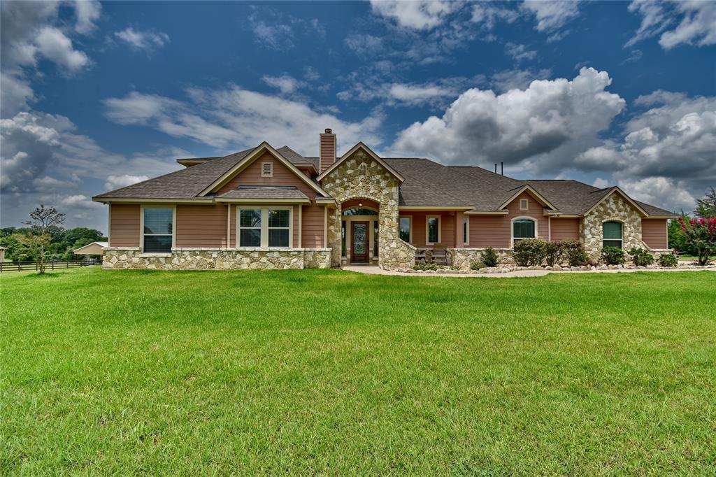 2366 Hillview Road, Bellville, TX 77418