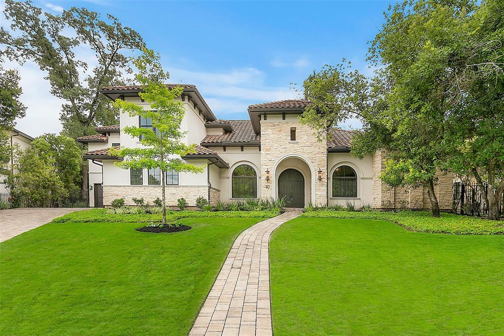 10 Berkley Hall Court, Spring, TX 77389