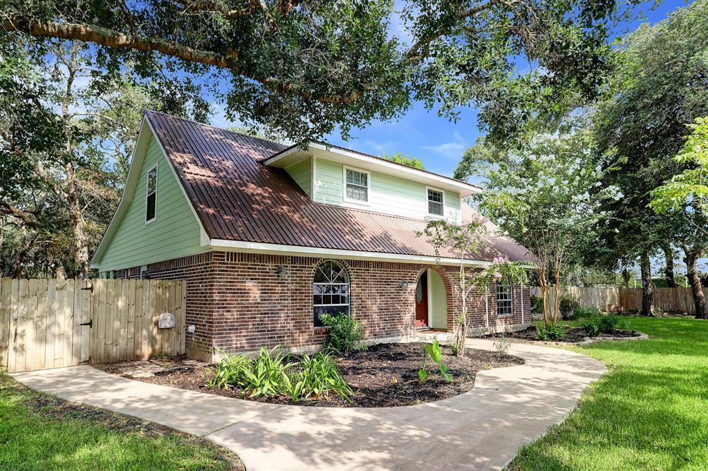5808 Main Street, Sheridan, TX 77475