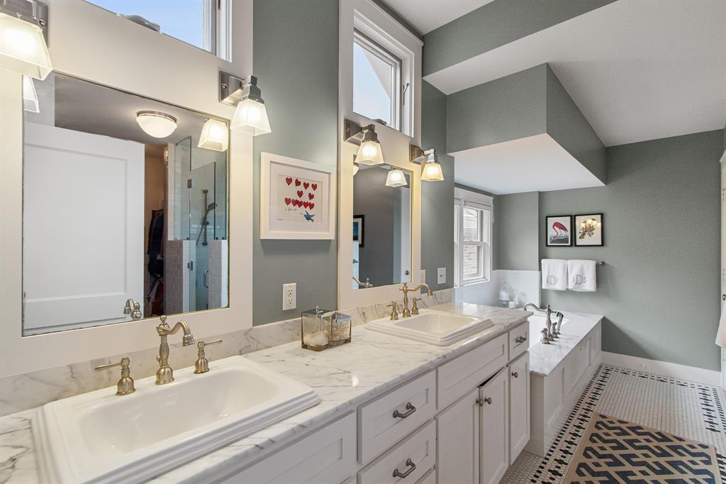 2728 Talbott Street, Houston, Texas 77005, 5 Bedrooms Bedrooms, 13 Rooms Rooms,3 BathroomsBathrooms,Single-family,For Sale,Talbott,12086489