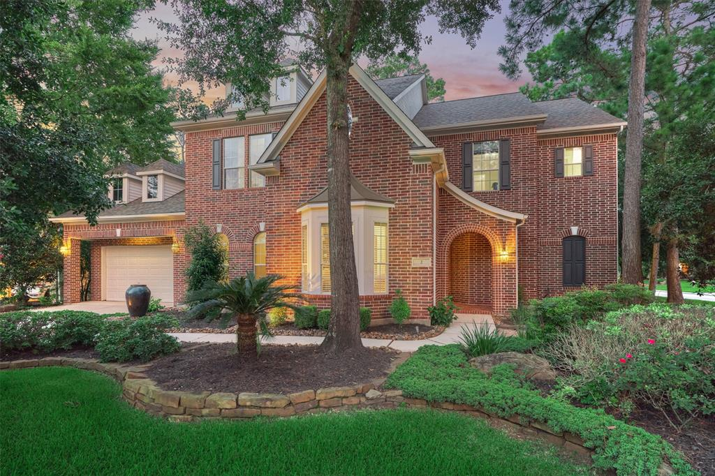 Elegant Executive Home with over 5,000 SF in the sought after Woodlands Golf Course Community of Player Oaks in Sterling Ridge. Classic Brick Exterior welcomes you to this spacious 5 Bdrm Home w/Soaring Ceilings and Wrought-Iron Staircase that greets you as you enter. Features include private Study w/Built-Ins & Formal Dining w/Wine Grotto & Butler's Pantry, 2-Story Great Room w/Cast Stone FP open to the Chef's Kitchen w/Granite, Double-Ovens & SS Appliances offers an abundance of Storage and Counterspace. Sunroom/2nd Office next to Kitchen.  Large Primary Bedroom & Spa-like Bath Complete 1st floor. Upstairs Game Room, Theater & 4 Large Bedrooms offer plenty of room for separation. Enjoy the Sunrises on the 2nd Floor Balcony Overlooking the Pool or Relax Under the Covered Patio by the Pool & Spa in Great Seclusion w/just the right amount of Sun & Shade.  Plenty of Storage with a 3-Car Garage & Walk-In attic space. Walk to Exemplary Deretchin Elementary(K-6). No Flooding! A Must See!