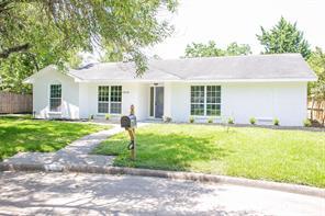 10934 Meadow Lake Lane, Houston, TX 77042